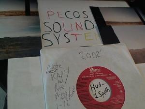 Hud-2 vinyl photos 667