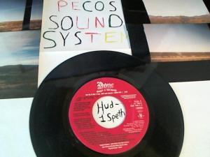 Hud-2 vinyl photos 671