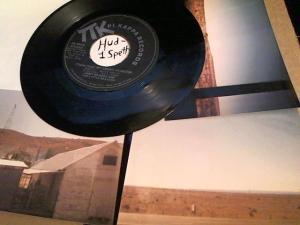 Hud-2 vinyl photos 897
