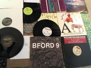 Hud-2 vinyl photos 4809