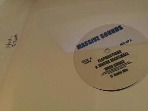 Hud-2 vinyl photos 3729