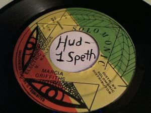 Hud-2 vinyl photos 4159