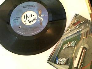 Hud-2 vinyl photos 360