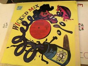 Hud-2 vinyl photos 3924