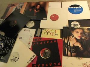 Hud-2 vinyl photos 3978