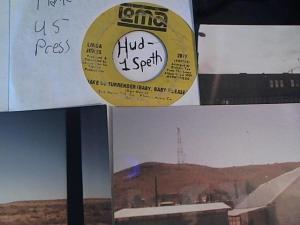 Hud-2 vinyl photos 3202