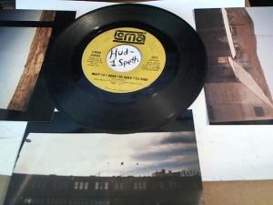 Hud-2 vinyl photos 3224
