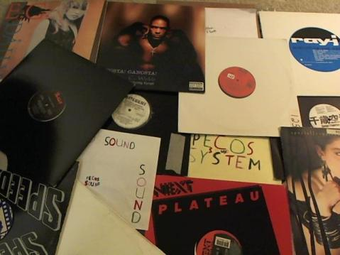 Hud-2 vinyl photos 3974