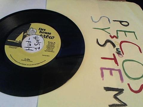 Hud-2 vinyl photos 191