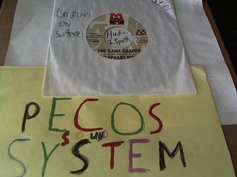 Hud-2 vinyl photos 2144