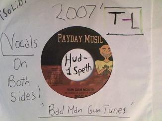 Hud-2 vinyl photos 2306