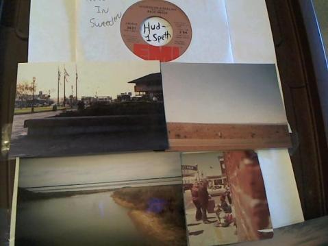 Hud-2 vinyl photos 296