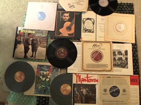 Hud-2 vinyl photos 3699