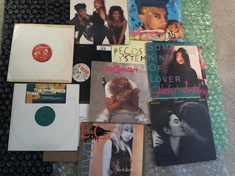 Hud-2 vinyl photos 4692