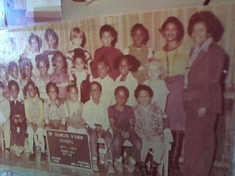 Hud-2 vinyl photos 877