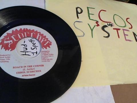 Hud-2 vinyl photos 184