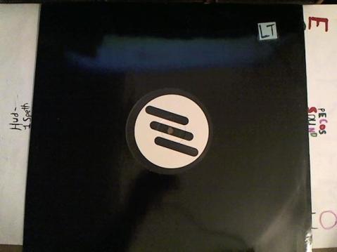 Hud-2 vinyl photos 3186