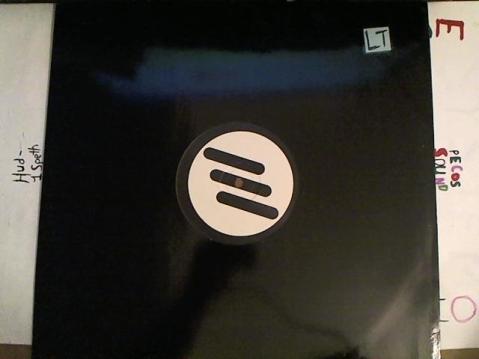 Hud-2 vinyl photos 3187