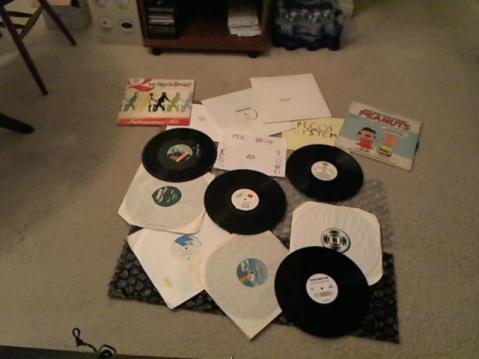 Hud-2 vinyl photos 3542
