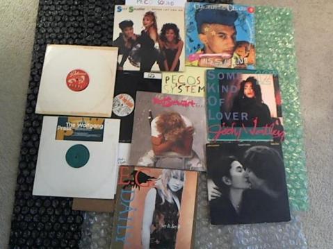 Hud-2 vinyl photos 4710