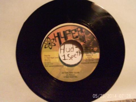Hud-1 vinyl photos 1311
