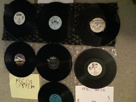 Hud-2 vinyl photos 3462
