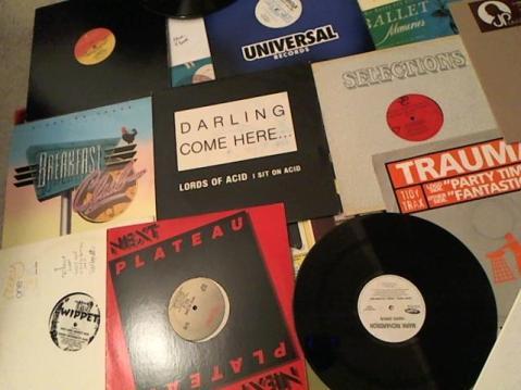 Hud-2 vinyl photos 3501
