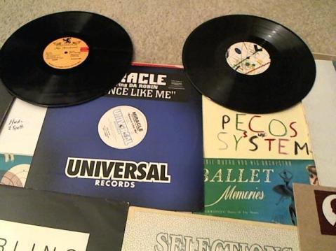 Hud-2 vinyl photos 3515