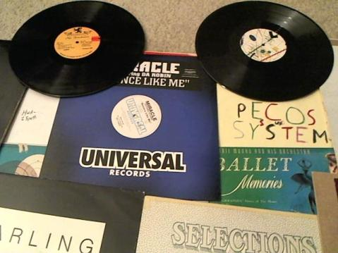 Hud-2 vinyl photos 3516