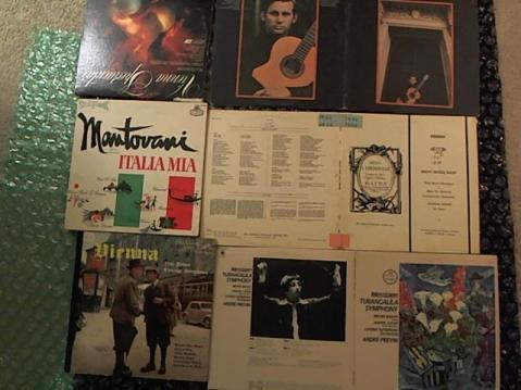 Hud-2 vinyl photos 3679